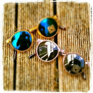 sunglassess